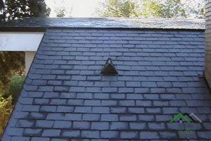 Faldón de tejado de pizarra natural.