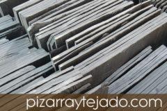 Disponemos de Pizarra Natural para tejados. Venta y colocación de pizarra natural.