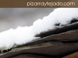 Nieve y pizarra natural.