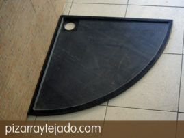 Plato de ducha de pizarra. Diseño moderno, natural y personalizable.