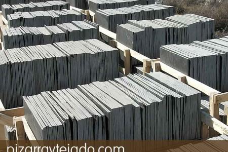 Amplio stock de pizarra para tejados y cubiertas.