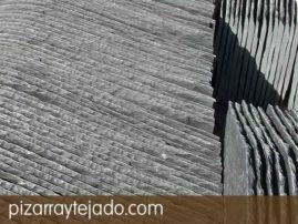 Detalle de colocación de pizarra natural grosor 5,0 mm para cubiertas y tejados.