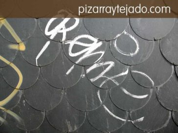 Limpieza de graffitis sobre pizarra natural. Pizarra con tratamiento antigraffiti.