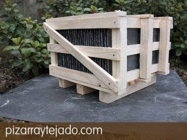 Pallet de pizarra natural de León para tejados y cubiertas. pizarraytejado.com.