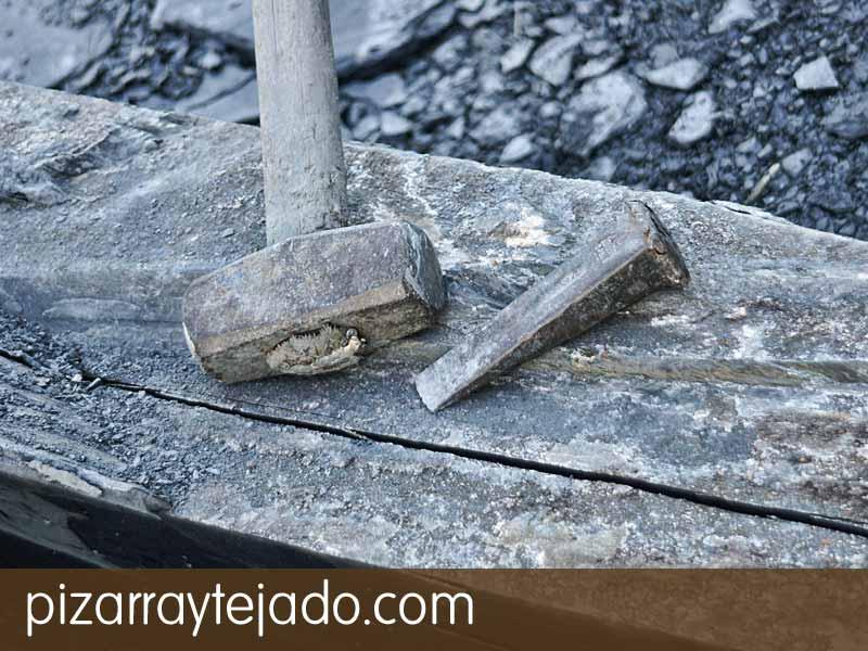 Piedra de Pizarra Natural. Origen León. Fabricación manual de piezas de pizarra.