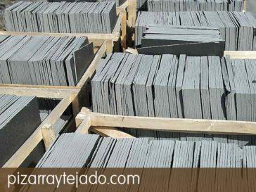 Pizarra natural grosor 10 mm para tejados y cubiertas.