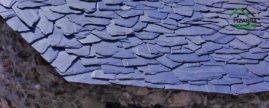 E12+ Pizarra para tejados. Pizarra en rama. Pizarra granel. Acabado decorativo rústico. Bioarquitectura y bioconstrucción. Pizarra natural de León. Spanish natural slate.