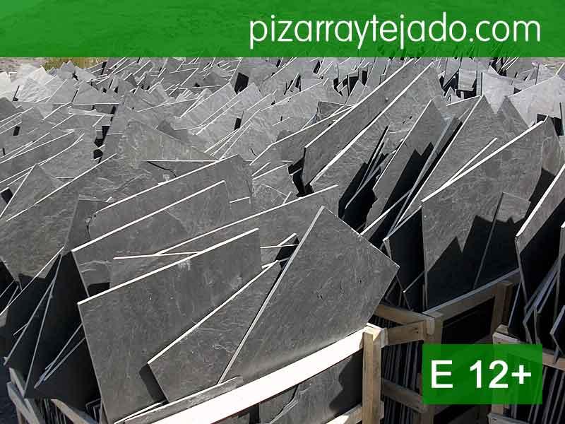 Piedra natural de pizarra para tejados rústicos. Pizarra en rama.