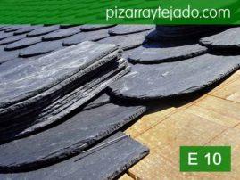 Colocación de pizarras rombo 40x30 en tejados. Pizarras de calidad. Pizarra de España.