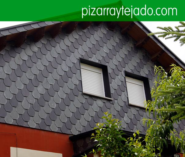 Col·locació de façanes de pissarra. Fachadas de pizarra natural. Pizarra Lleida.