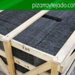 Pizarra natural para la cubierta y el tejado. Pallets de pizarra de calidad para tejados.
