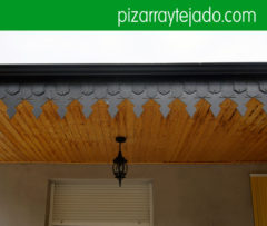 Teulada de pissarra. Alero tejado de pizarra. Remate de alero tejado de pizarra. Pissarra per cobertes, teulades i façanes. Pizarra de León.