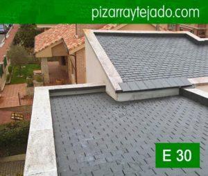 . Colocación bonito tejado teja pizarra Valladolid. Cubierta teja piedra pizarra negra fina. Piedra natural pizarra Madrid para tejados y cubiertas.