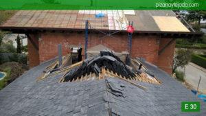 Como reparar cubierta pizarra Madrid. Pizarra negra para tejado en Madrid 50x25. Directamente desde cantera en El Bierzo.