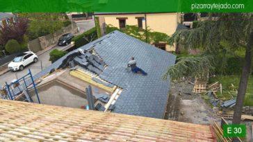Ejecución de tejado de pizarra en Madrid. Venta de pizarra en Madrid. Pizarra para tejado Madrid 50x25. Origen cantera en El Bierzo.