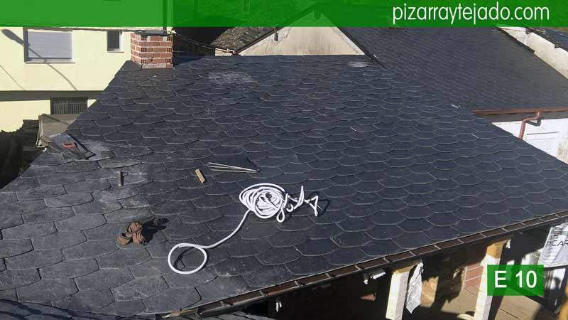 Colocación de pizarra de tejado en Ponferrada. Estructuras de madera. Pizarra tejado Ponferrada.