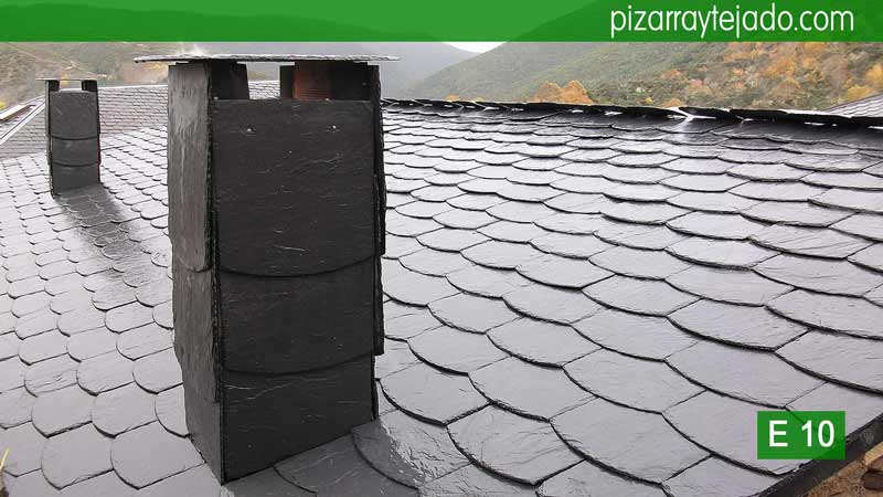 Detalle de obra en el Bierzo de rehabilitación de tejado de casa. Bierzo rehabilitación casa.