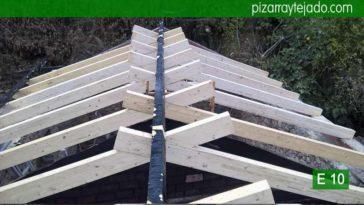 Estructuras de madera para tejado de pizarra en Ponferrada. Tejado de pizarra en Ponferrada.