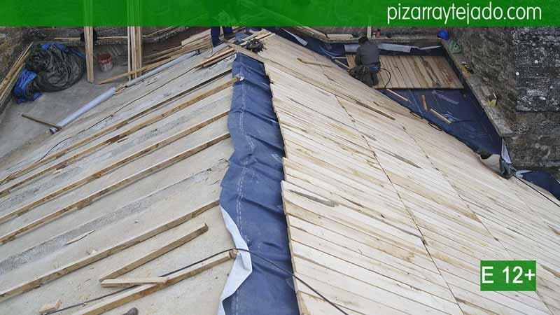 Colocaci n pizarra tejado y cubierta expertos pizarristas for Montaje tejados de madera
