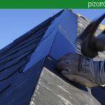 Detalle de ejecución arista en tejado de pizarra del Bierzo. Detalle de colocación pizarra. Pizarra Villalba.