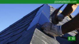 Detalle de ejecución arista en tejado de pizarra del Bierzo. Pizarra Villalba.