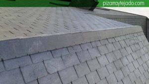 Detalle de remate de arista holandesa en cumbrera de tejado Ponferrada.